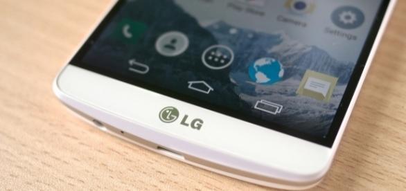 LG launched its mid-range LG Q6 smartphone/Photo via Karlis Dambrans, Flickr