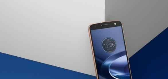 Motorola takes the wraps off the new Moto Z and Moto Z Force ... - androidguys.com