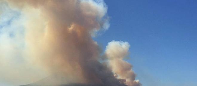 Il Vesuvio brucia: incendi dolosi nel napoletano