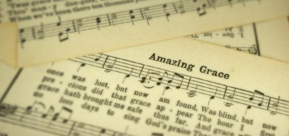 Letra do hino ''Amazing Grace'', escrito por John Newton