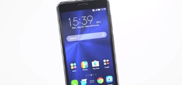 Asus Zenfone 4 series coming Zenfone 4 selfie and Zenfone 4 max Leaked. Image - Tech Infinity - Youtube