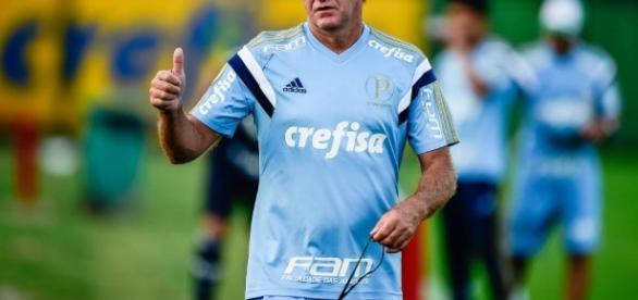 Cuca comanda treino do Palmeiras. (Foto: Google)