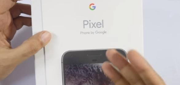 Google Pixel XL Smartphone (Indian Unit) Image - Geekyranjit - YouTube