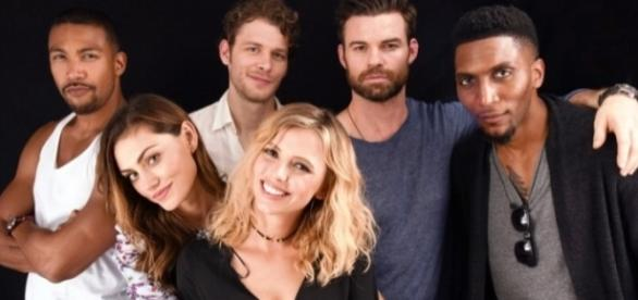 O elenco de The Originals na Comic-Con San Diego, em 2016 (Foto: TVLine)