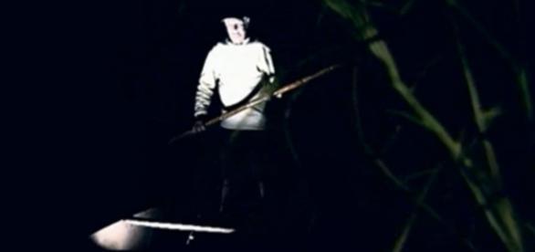 Homem vai pescar em Minas e encontra ser estranho