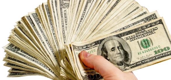 How to Improve Your Personal Finances - blastingnews.com library