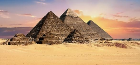 The Giza pyramids where 5 Policemmen were killed https://pixabay.com/en/pyramids-egypt-giza-archeology-2159286/