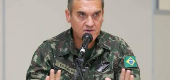 Comandante do Exército, general Eduardo Villas Bôas, alerta para o atual momento do país