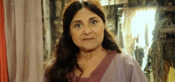 Atriz Elizângela faz o papel de Aurora, em 'A Força do Querer'