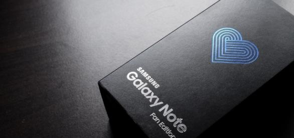 Galaxy Note 7 FE has a smaller battery / Photo via Aaron Yoo, Flickr