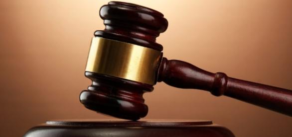 Argumentos pró e contra no tribunal do júri