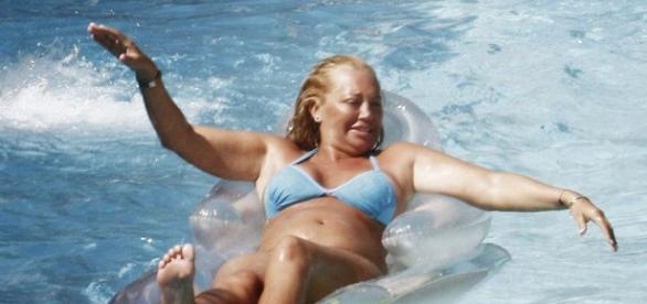 Belén Esteban volverá a posar en bañador.