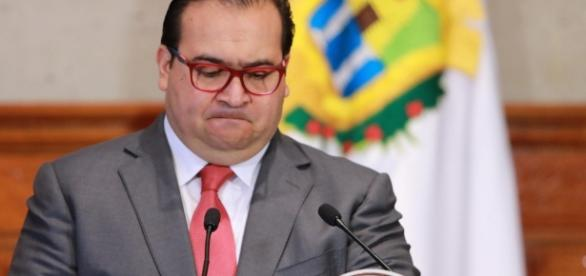Condenan a 3 años de prisión a 2 prestanombres de Javier Duarte ... - reportenoreste.com