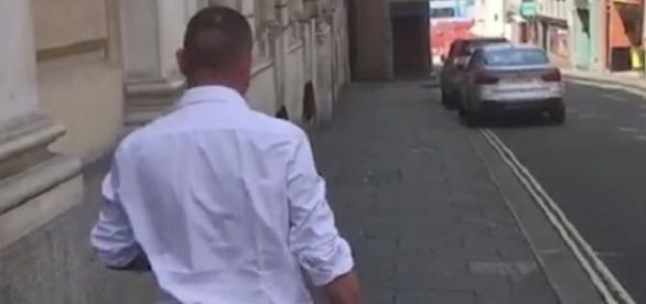 Homem não falou na saída do tribunal (Foto: www.bristolpost.co.uk)