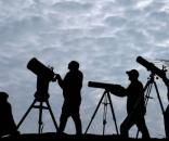 Scientists, stargazers and backyard-astronomers all view this extraordinary event - Image via sunset.com