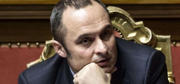 Il dimissionario ministro per gli Affari regionali, Enrico Costa (da Avvenire.it)