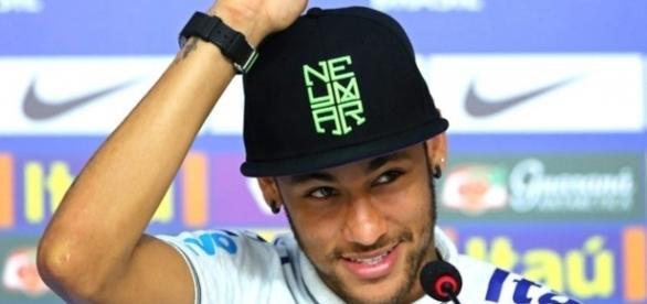 Neymar vai continuar no Barcelona