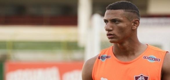 Richarlison volta a ter destaque no Fluminense (Foto: Globoesporte)