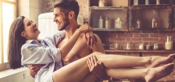 Uma pessoa age de uma determinada maneira quando está amando de verdade