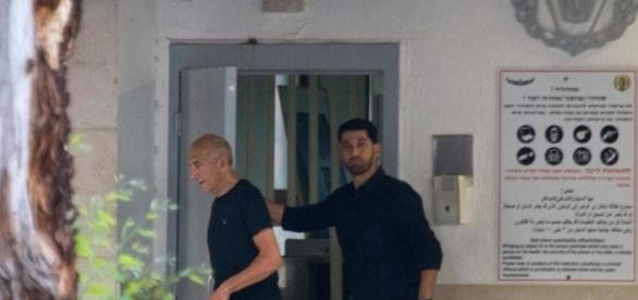 Israel's ex-PM Olmert released from prison | WJLA - wjla.com