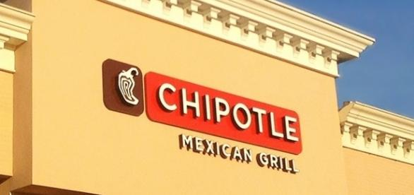 Chipotle has shut a Virginia restaurant after food poisoning reports/Photo via Mike Mozart, Flickr