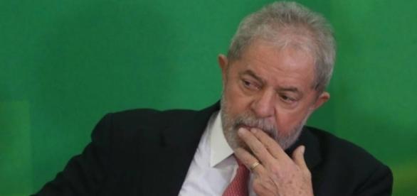 Ex-presidente Lula teve cerca de R$ 600 mil e outros bens bloqueados após decisão do juiz Sérgio Moro.