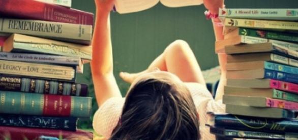 Veja dicas de como ler mais rápido e melhor. ( Foto: Google)