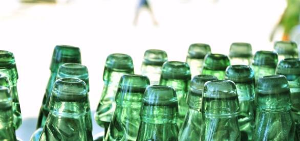 Codd-neck Soda Bottles by Siju via Wikimedia Commons