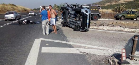 Incidente stradale a Vizzini (CT) - foto di F. Scollo da livesicilia.it