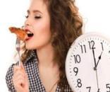 Vuoi perdere peso senza sacrifici? mangia a questi orari
