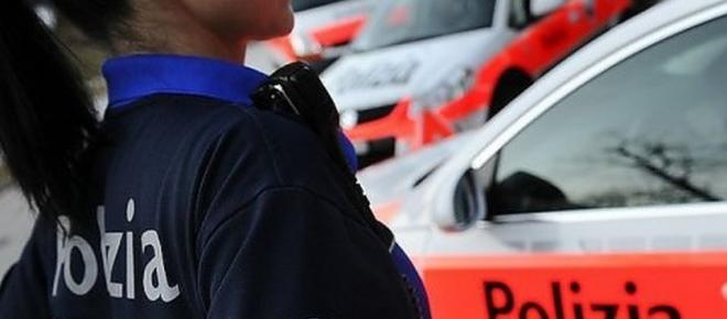 Svizzera, uomo con motosega semina il panico tra i civili