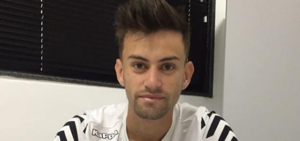 Jogador começou na base do São Paulo (Foto: Reprodução)