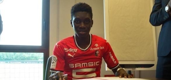 Ismaïla Sarr a signé au Stade Rennais, qui a déboursé pas moins de 17 millions pour s'arracher ses services