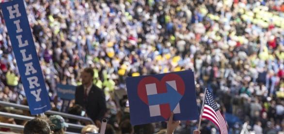 Large crowd of Democrats via Flickr.