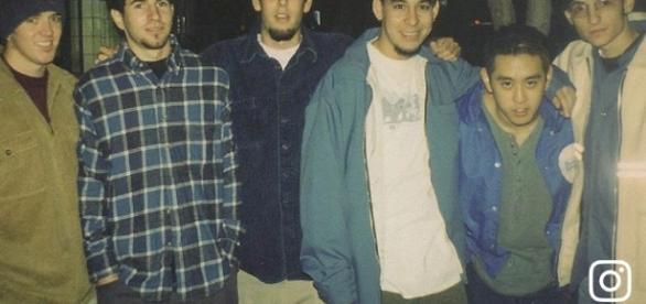 Linkin Park's Mike Shinoda Shares Photo of Chester Bennington ... - cbslocal.com