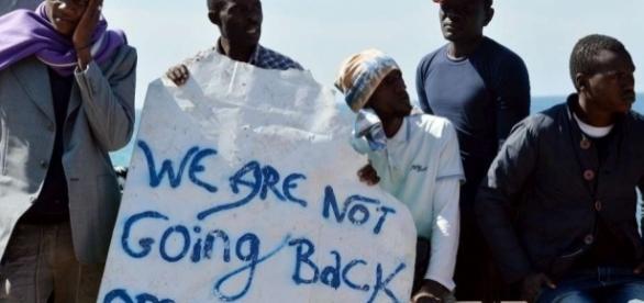 Migranti, brutte notizie per l'Italia: il regolamento di Dublino non si tocca