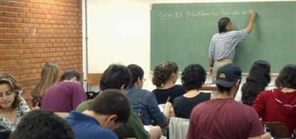 Ministério da Educação abriu 75 mil vagas para o Fies