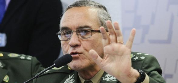 Comandante do Exército, general Eduardo Villas Bôas