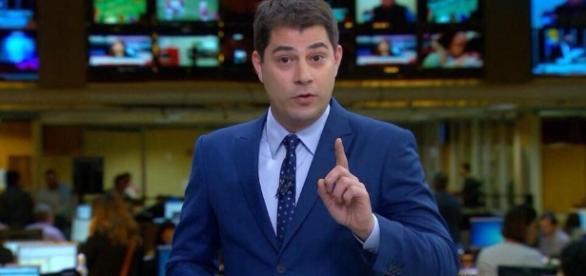 Evaristo Costa deixa Rede Globo após 14 anos de casa. ( Foto: Reprodução)