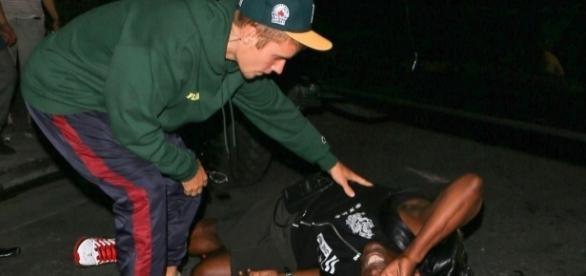 Justin Bieber tentou perceber como o homem estava