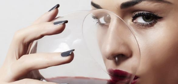 10 beneficios del vino tinto - holadoctor.com