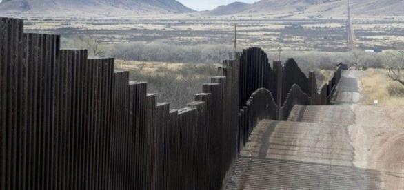 Frontera tendrá 209 kilómetros sin muro