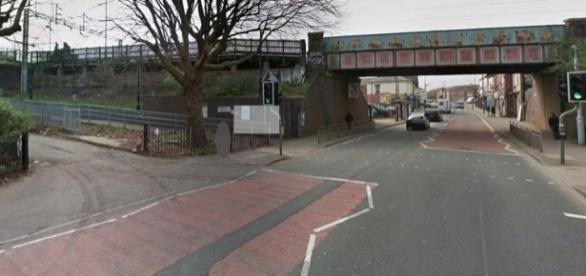 Primeiro estupro aconteceu na estação de Birmingham (Foto: Google Streetview)