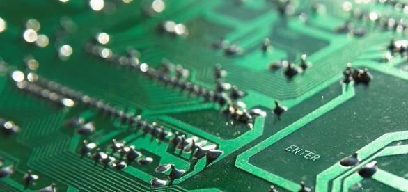Keyboard (Image CCO Public Domain - Pixabay - author: axonite)