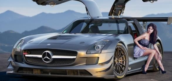 Mercedes-Benz SLS AMG   [Photo credit: Flickr]