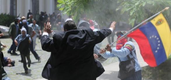 Momentos en el cual fue asaltada la Asamblea Nacional Venezolana