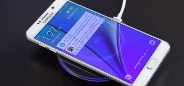 Verizon brings essential updates for Samsung Galaxy smartphones - [Image via DetroitBORG/YouTube screencap]
