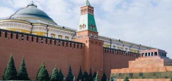 Seat of Russian power the Kremlin. https://pixabay.com/en/moscow-the-kremlin-russia-2210329/
