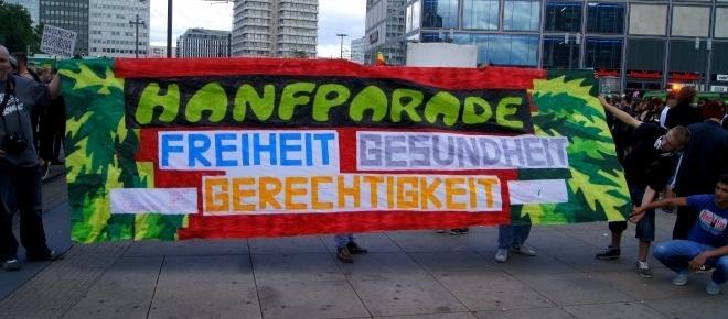 Cannabis: Hanfparade in Berlin – Augenzwinkernde Politik