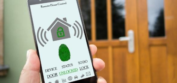 5 Ways to Use Smart Tech for Your Home - Modernize - modernize.com